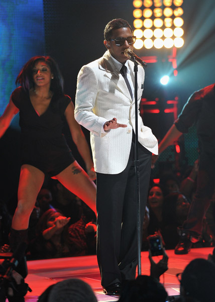 Lloyd Performs Rip The Runway 2011 Lloyd Feat. Andre 3000   Dedication To My Ex (Miss That)
